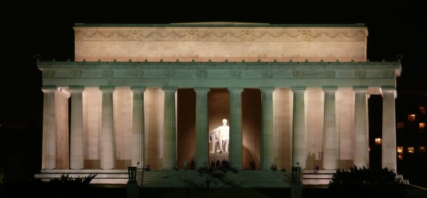 Here's looking at you, Lincoln Memorial. Again and again and again.